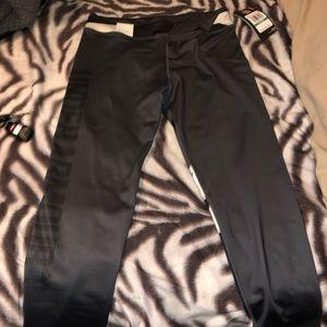 Girls under armor leggings
